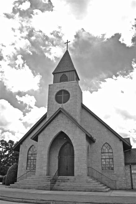 Snellville UMC chapel B&W