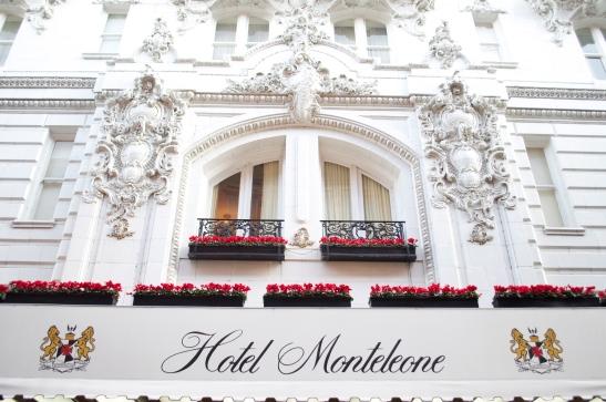 Hotel Monteleone front
